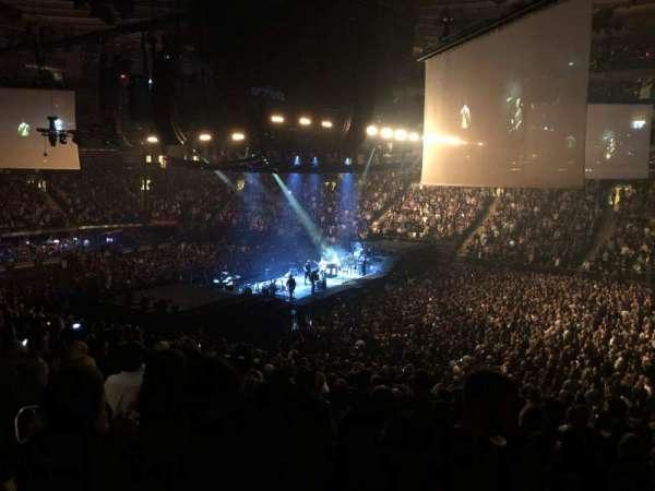 Madison Square Garden, vak: 119, rij: 22, stoel: 11