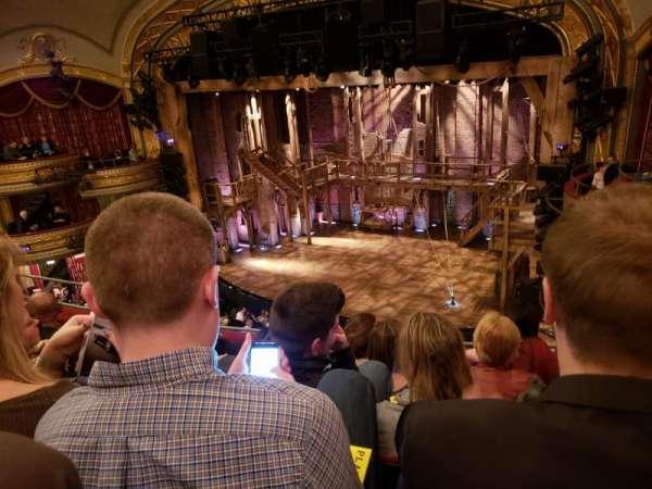 Richard Rodgers theater, vak: Front Right Mezzanine, rij: E, stoel: 18