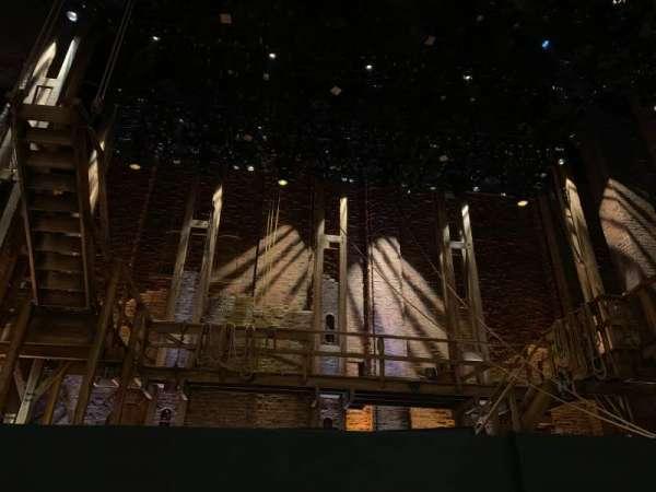 CIBC Theatre, vak: Orchestra C, rij: B, stoel: 103