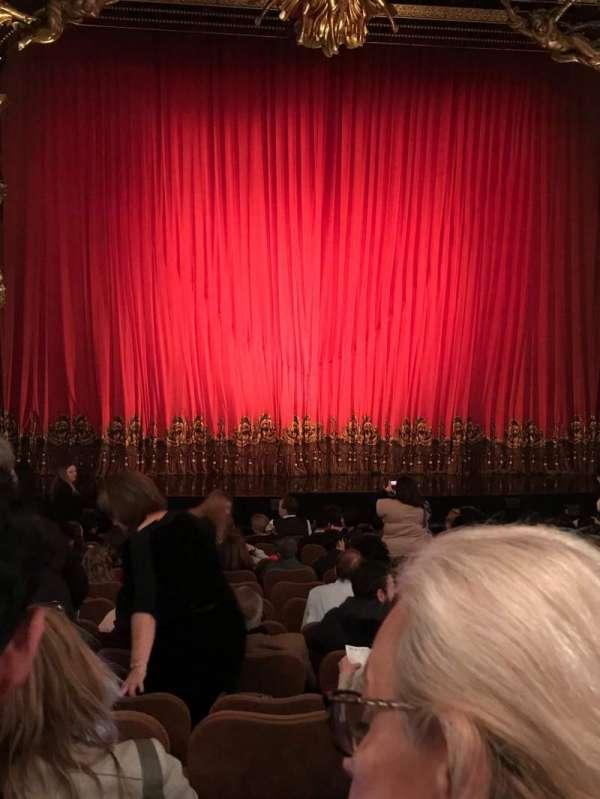 Majestic Theatre, vak: Orchestra, rij: L, stoel: 103