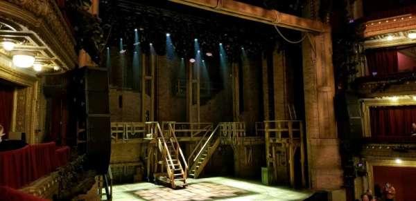 CIBC Theatre, vak: Dress Circle Box 1, rij: BX1 right, stoel: 207