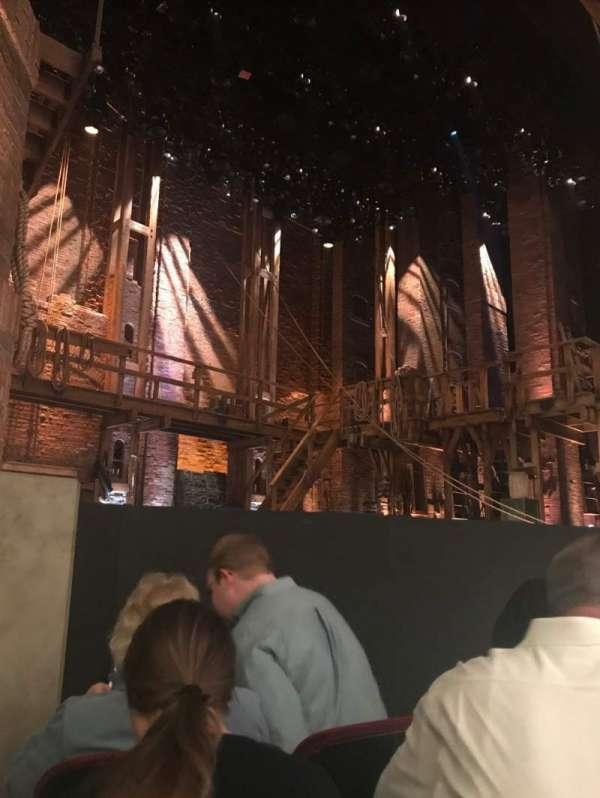 CIBC Theatre, vak: ORCH-L, rij: D, stoel: 11