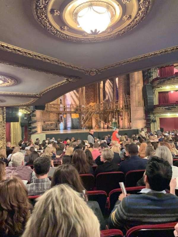 CIBC Theatre, vak: Orchestra L, rij: T, stoel: 17, 19