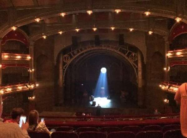 Lyric Theatre, vak: DRESSC, rij: F, stoel: 118