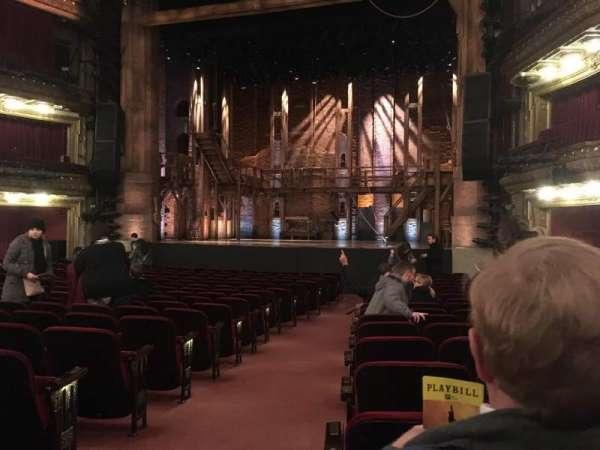CIBC Theatre, vak: Orchestra R, rij: T, stoel: 2