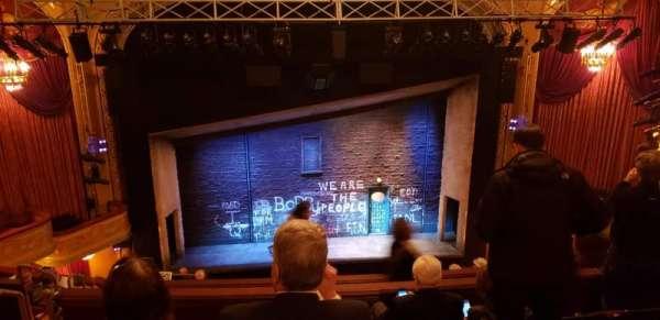 Bernard B. Jacobs Theatre, vak: Balcony, rij: J, stoel: 111