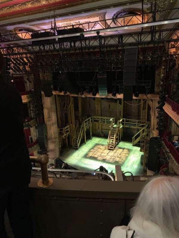CIBC Theatre, vak: Balcony R, rij: B, stoel: 4