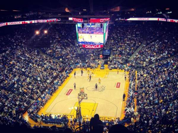 Oracle Arena, vak: 208, rij: 16, stoel: 1