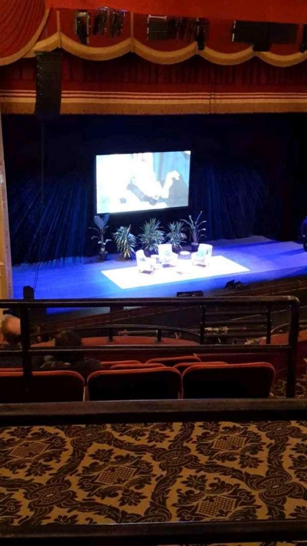 Citizens Bank Opera House, vak: MEZLFT, rij: B, stoel: 13