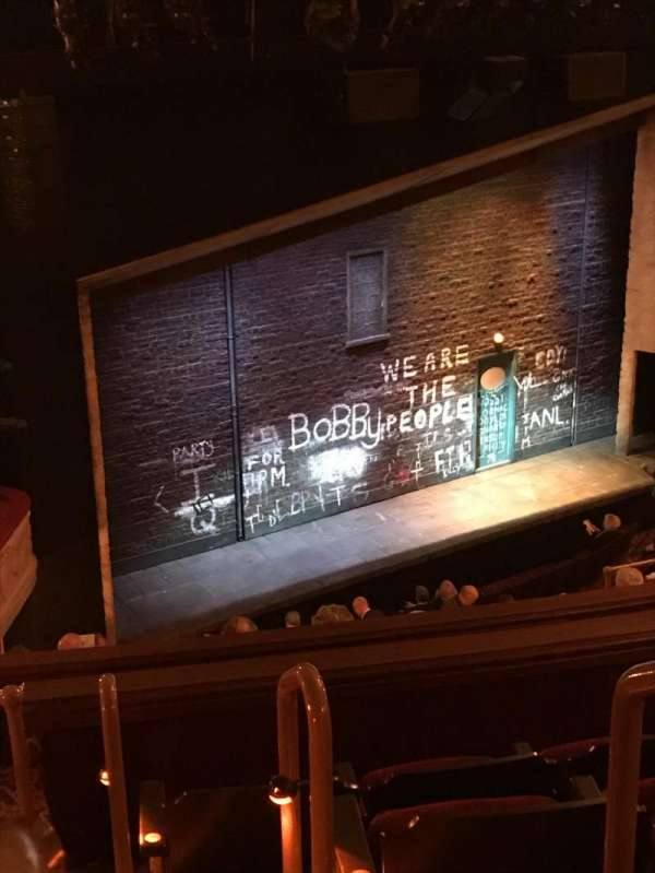 Bernard B. Jacobs Theatre, vak: Mezzanine, rij: J, stoel: 25