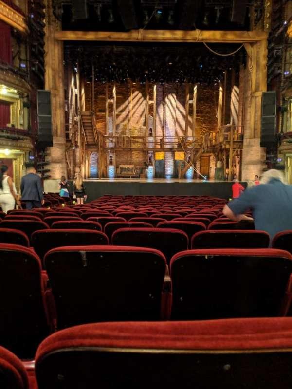CIBC Theatre, vak: Orch center, rij: V, stoel: 108