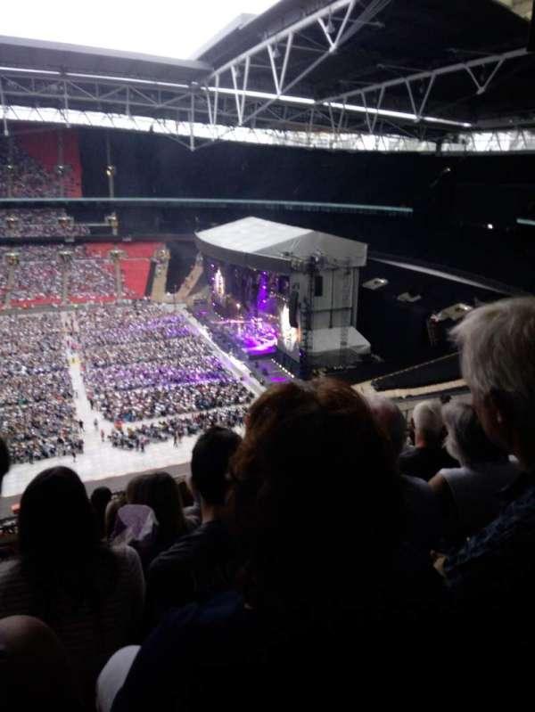 Wembley Stadium, vak: K, rij: 11, stoel: 330