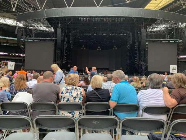 Wembley Stadium, vak: B4, rij: N, stoel: 16