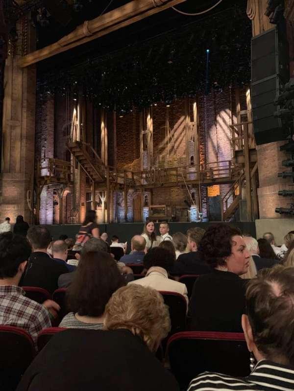 CIBC Theatre, vak: Orchestra r, rij: L, stoel: 12