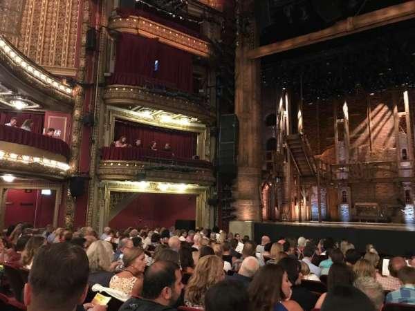 CIBC Theatre, vak: ORCH-C, rij: Q, stoel: 111