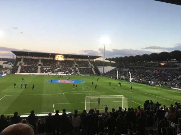 Stade Raymond Kopa, vak: Coubertin E, rij: U, stoel: 124
