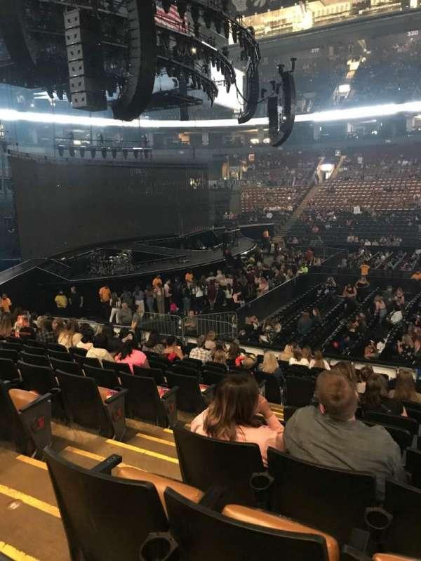 Scotiabank Arena , vak: 108, rij: 16, stoel: 21-22