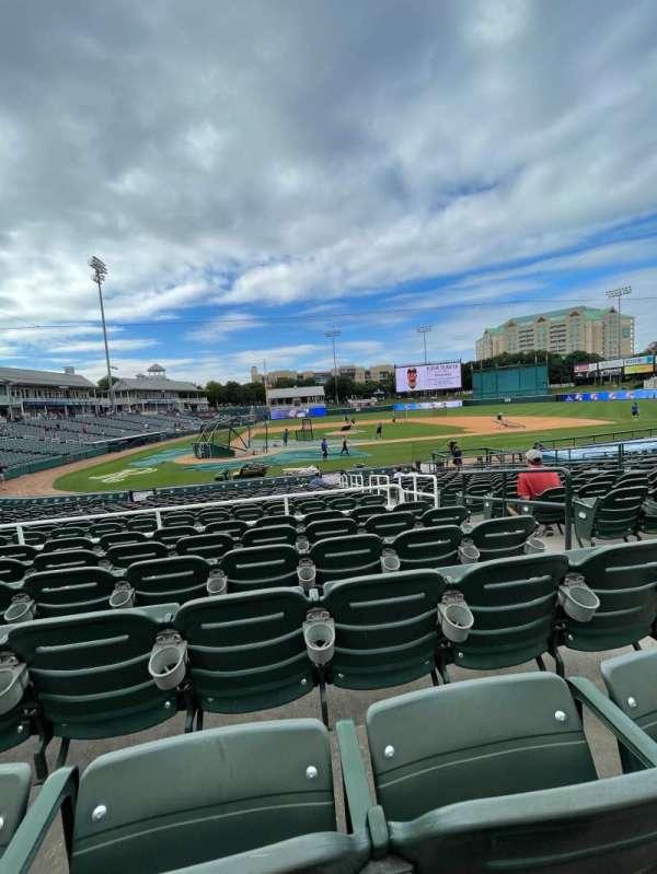 Dr Pepper Ballpark, vak: 117, rij: 18, stoel: 4