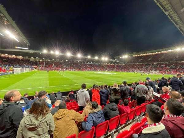 Old Trafford, vak: N1404, rij: MM, stoel: 243