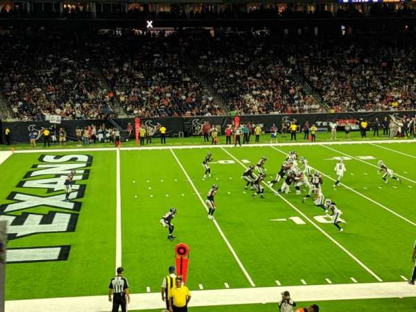 NRG Stadium, vak: 130, rij: X, stoel: 19