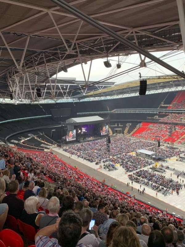 Wembley Stadium, vak: 521, rij: 30, stoel: 230