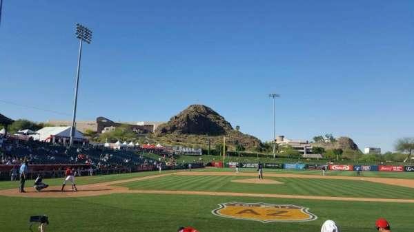 Tempe Diablo Stadium, vak: 16, rij: F, stoel: 1