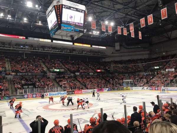 FlyDSA Arena, vak: 103, rij: H, stoel: 7
