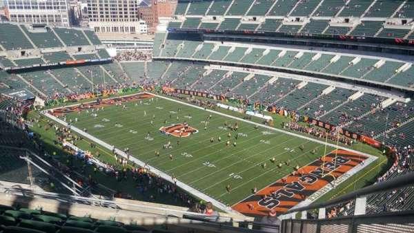 Paul Brown Stadium, vak: 303, rij: 19, stoel: 1
