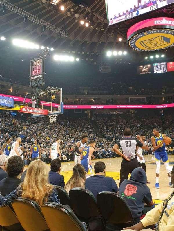 Oakland Arena, vak: 5, rij: A2, stoel: 7