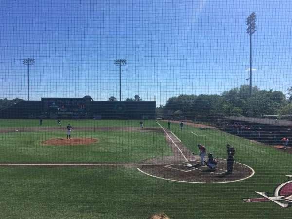 Riddle-Pace Field, vak: 102, rij: 4, stoel: 18