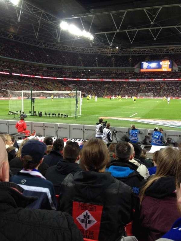 Wembley Stadium, vak: 135, rij: 3, stoel: 33