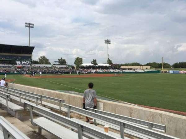 Nelson W. Wolff Municipal Stadium, vak: 122, rij: E, stoel: 9