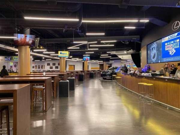 Bridgestone Arena, vak: Lexis Lounge