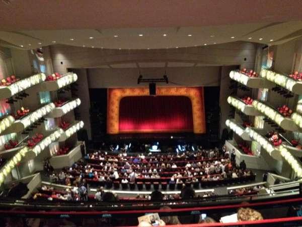 Muriel Kauffman Theatre, vak: 3, rij: GZ, stoel: 117
