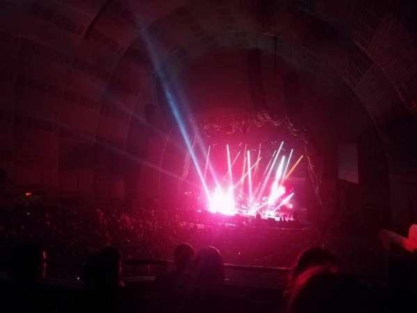Radio City Music Hall, vak: 1st Mezzanine 1, rij: B, stoel: 101