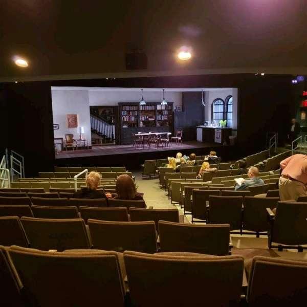 Laura Pels Theatre, vak: Orch, rij: Q, stoel: 5