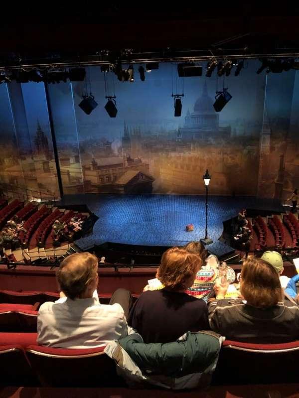 Vivian Beaumont Theater, vak: Loge, rij: E, stoel: 315