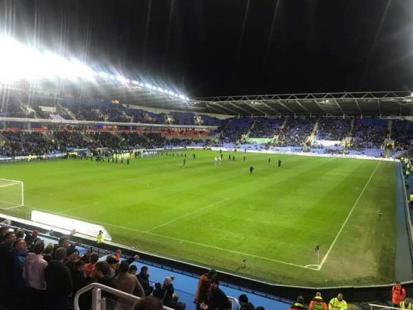 Madejski Stadium, stoel: 46