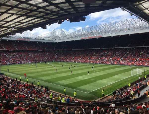 Old Trafford, vak: E230, rij: 22, stoel: 60