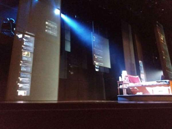 Music Box Theatre, vak: Orchestra L, rij: A, stoel: 1