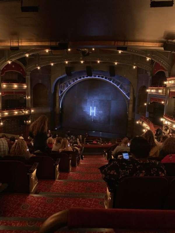 Lyric Theatre, vak: Dress Circle Right, rij: K, stoel: 4