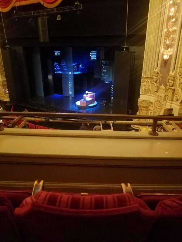 Nederlander Theatre (Chicago), vak: LOGE-R, rij: B, stoel: 360