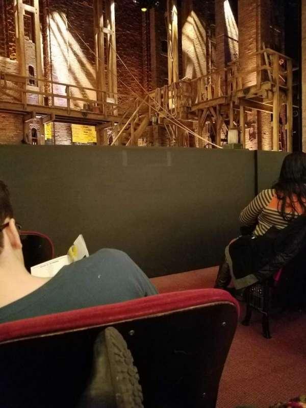 CIBC Theatre, vak: ORCH-L, rij: D, stoel: 3