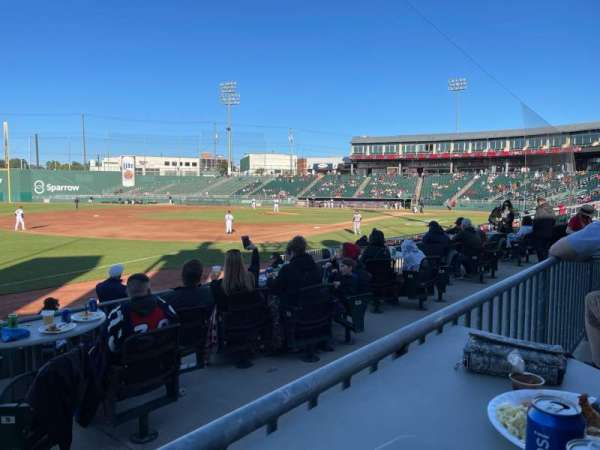 Jackson Field, vak: Pepsi, rij: 3, stoel: 108
