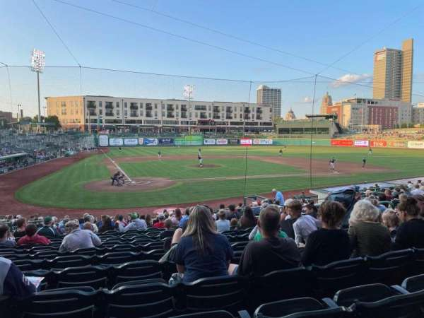 Parkview Field, vak: 106, rij: X, stoel: 9