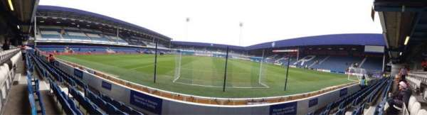 Loftus Road, vak: School Lower Stand Block Z2