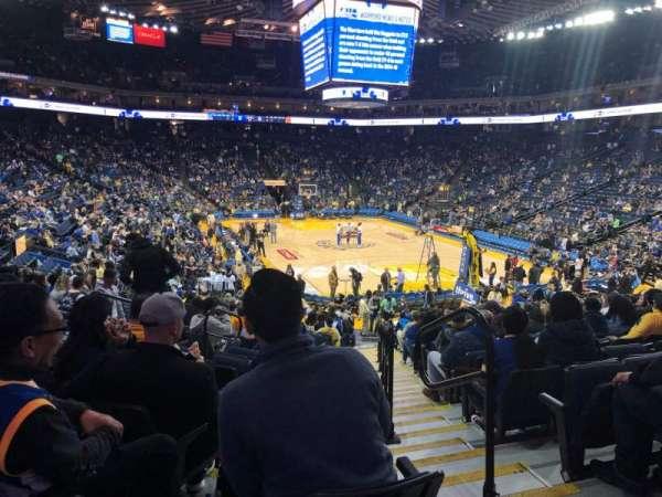 Oakland Arena, vak: 123, rij: 18, stoel: 2