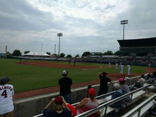 Nelson W. Wolff Municipal Stadium, vak: 117, rij: e, stoel: 16