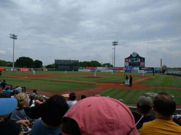 Nelson W. Wolff Municipal Stadium, vak: 103, rij: i, stoel: 2