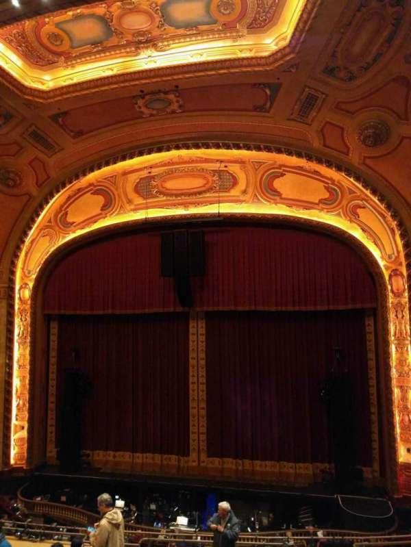 Shea's Buffalo, vak: Balcony 3, rij: f, stoel: 8